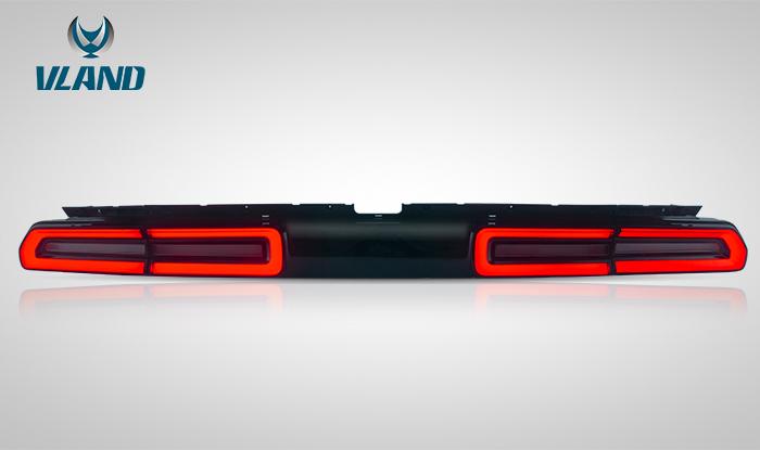For Dodge Challenger 2008-2014 tail light